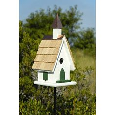 Welcome swallows, bluebirds, flycatchers, wrens and woodpeckers into your parish with this quaint little country church bird house. Unique House Plans, Bird House Plans, Bird House Kits, Bird House Feeder, Bird Feeders, Bird Cages, Birdhouse Designs, Bird Aviary, Construction Design