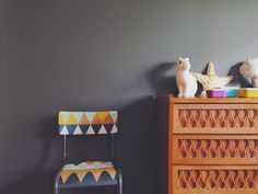 Triangles diy and crafts and google on pinterest - Customiser une chaise ...
