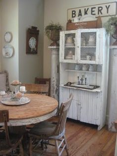 Now this ... I love...almost perfect too me..... not too much white....the right mix of rustic.
