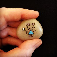 "Ajana Stilling on Instagram: ""#artwork #artrocks #artstones #beachstone #cute #cutegirl #happy #hobby #instaart #instaartist #iloverocks #kærlighed #loveyou #malesten…"""