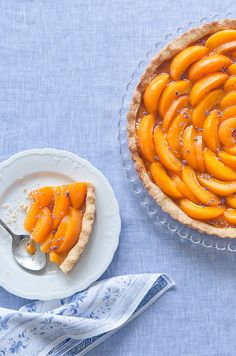 Yum - and so pretty too! Apricot & Lavender Tart #fruit, #apricot