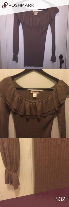 🎀Arden B MARKED DOWN Beautiful camel colored sweater can be worn on or off shoulders and because it's longer over leggings with boots.  So many compliments the one time I wore it. Arden B Sweaters Crew & Scoop Necks
