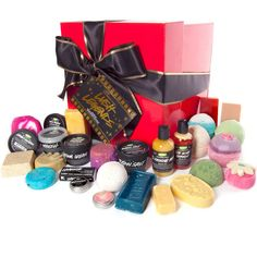 LUSH Legends | Wrapped | If you really want to leave them speechless, this is the gift to give. It's a massive box of twenty-eight LUSH legends and exciting newcomers that have leapt to the top of the charts. Hair, face, hands, feet and everything in between will be softer, brighter and happier after washing, scrubbing and bathing in these luxuries. Reward the most fabulous people in your life with our most fabulous gift! It's one they'll never forget.