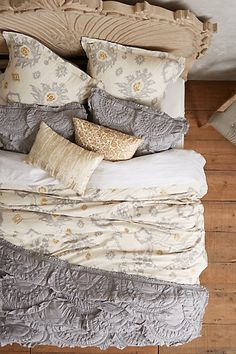 absolutely loving this grey and pale yellow bedding http://rstyle.me/n/uxdidr9te
