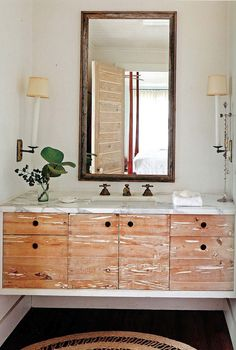 Floating vanity, mix of marble & wood