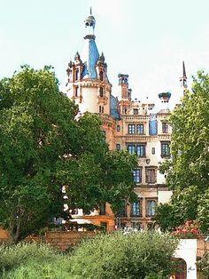 'Verwunschen – Schweriner Schloss' von Dirk h. Wendt bei artflakes.com als Poster oder Kunstdruck $18.02