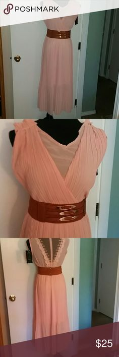 Peach color maxi dress with lace on back Peach color maxi dress with lace on back Dresses Maxi