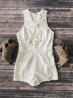 Giselle Lace Up Front Romper (Off White)