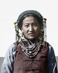 Mongolian woman, 1920s. Photo by F. H. Jewell, 1920s. by F. H. Jewell in Asia, via Flickr