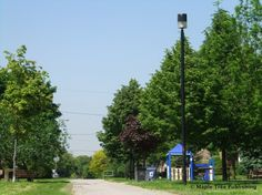 Lawrence Manor - a family oriented neighbourhood with a predominantly Jewish Orthodox community