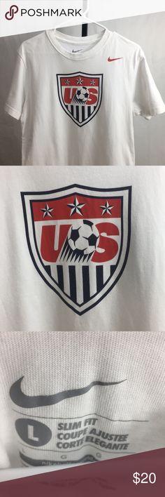 8193f2c55 Nike US USA Soccer T-Shirt Large Men s Nike USA United States Soccer T-
