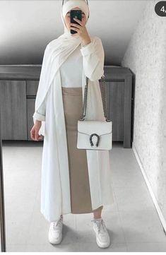 Modest Fashion Hijab, Modern Hijab Fashion, Frock Fashion, Street Hijab Fashion, Casual Hijab Outfit, Hijab Dress, Muslim Fashion, Casual Outfits, Eid Outfits