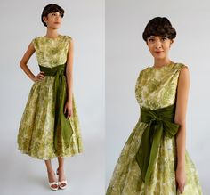 Vintage 1950s Bridesmaid Dress/Jr. Theme Green Floral Chiffon Party Dress Mother of the Bride