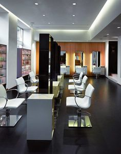 Modern Hair Salon Interior with Refreshing Natural Effect - QORBEE