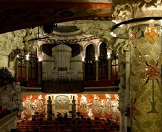 Palau de la Música (inside) by Quijuka Scrap World