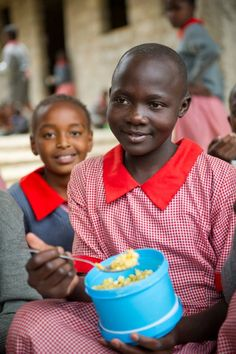 Happy World Food Day!    WFP aims to feed 50,000 kids by day's end. Are you with us? It takes 3 easy steps, and costs you nothing: http://cdn.wfp.org/2012/wfd/index.html?utm_source=pinterest.com_medium=pin_campaign=fr_molly_wfd