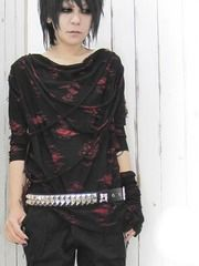 Distressed Three-Quarter-Sleeved Cutsew / See more at http://www.cdjapan.co.jp/apparel/new_arrival.html?brand=DRT #japan punk #japan fashion