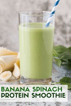 Easy Banana Spinach Protein Smoothie Recipe No excuses for skipping breakfast! This healthy Easy Banana Spinach Protein Smoothie recipe takes minutes to make and will keep you full until lunch. It's a great option to refuel post-workout, too! Spinach Protein, Spinach Smoothie Recipes, Easy Smoothie Recipes, Easy Smoothies, Breakfast Smoothies, Fruit Smoothies, Healthy Recipes, Healthy Breakfasts, Breakfast Spinach