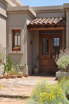Marconi Silva Arquitectos - Casa Talar del Lago 2 - Portal d Spanish Style Homes, Spanish House, Plans Architecture, Craftsman Exterior, Cafe Exterior, Bungalow Exterior, Exterior Cladding, Exterior Shutters, Exterior Paint