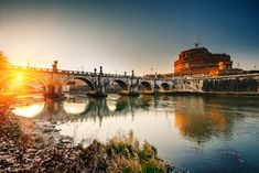 Sunset over the River Tiber - the most romantic locations In Rome #valentine #italy #romance