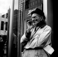 Photography black and white vintage photographs vivian maier Ideas for 2019 Photography Poses For Men, City Photography, Portrait Photography, Classic Photography, Reflection Photography, Black And White People, Black And White City, Photographs Of People, Vintage Photographs