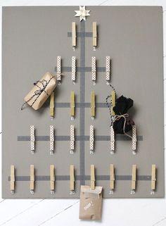 DIY christmas tree for cards & presents    via: mijnhuisstijlenik