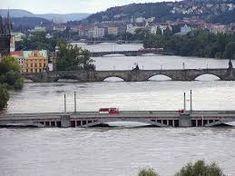 Image result for povodeň praha 2002