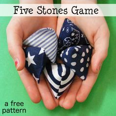 Hottest Free of Charge Sewing gifts for kids Suggestions A free pattern to make your own Five Stones game! Sews together quickly, and would be the perfect Sewing Patterns Free, Free Sewing, Free Pattern, Pattern Sewing, Embroidery Patterns, Hand Sewing, Sewing Hacks, Sewing Tutorials, Sewing Crafts
