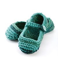 women's knit slipper pattern! making these for myself ASAP!