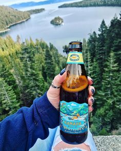 Beers that are low in calories, carbs, and alcohol are having a serious moment. Chalk it up to the keto movement or the fact that beach bod season is right around the corner. Here are 15 super low-carb beers that won't totally derail your diet. Low Carb Beer, Low Carb Drinks, Kona Brewing, Beer Brewing, Blonde Ale, Belgian Beer, Keto Drink, Fun Drinks