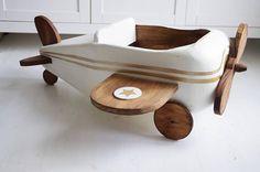 Samolot drewniany do sesji fotograficznych