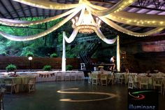 Lost River Cave Wedding | Historic Cavern Nite Club | Illuminanz