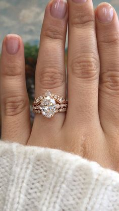 Want to stand out in the crowd? This ring set is one way to do it! The mix of rose gold, diamonds, a Unique Wedding Bands, Gold Wedding Rings, Diamond Wedding Bands, Diamond Rings, Oval Diamond, Best Wedding Rings, Gold Rings, Rose Gold Bands, Crown Wedding Ring