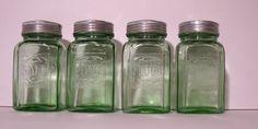Depression glass salt pepper flour sugar