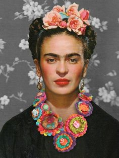 Frida Kahlo- Great Necklace, and instructions on how to make it.
