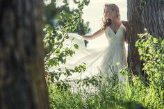 Flowing, natural bridal inspiration