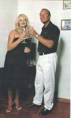 picture of Bonnie Tyler in Portugal #bonnietyler #gaynorsullivan #gaynorhopkins #thequeenbonnietyler #therockingqueen #rockingqueen #music #rock