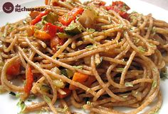 Receta de espaguetis con paté y verduras - Recetasderechupete.com