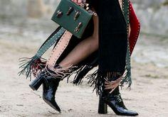 Χειμερινές Προσφορές σε επώνυμες γυναικείες μπότες και μποτάκια για να ξεχωρίζεις σε κάθε σου βήμα https://www.e-offers.gr/76627-cheimerines-prosfores-se-eponymes-gynaikeies-mpotes-kai-mpotakia-gia-na-ksechorizeis-se-kathe-sou-vima.html