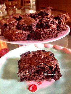 Que tal uma receita de brownie sem glúten e lactose? Essa é sucesso absoluto, fica divina. Perfeita para intolerantes à lactose, alérgicos ao leite e gluten
