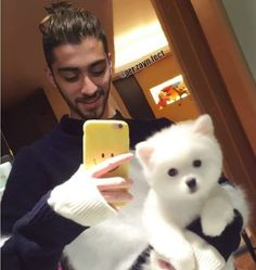 cuteness overload. Zayn Mallik, Zayn Malik Photos, Zayn Perrie, Niall Horan, Grupo One Direction, One Direction Zayn Malik, Bad Boys, Cute Boys, Style Zayn Malik