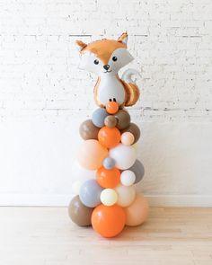 Baby Birthday Themes, 1st Birthday Balloons, Baby Boy First Birthday, Boy Birthday Parties, Woodland Theme, Woodland Party, Shower Bebe, Baby Shower, Fox Party