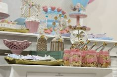 #cake #candycolors #pastelcolors #carrossel #party #kids #carousel #festa #criança #menina #decor #ideias #ideas #inspirataçao #inspiration