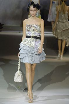 Louis Vuitton Spring 2007 Ready-to-Wear Fashion Show - Anna Barsukova