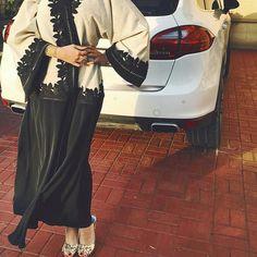 Fashionista de la Journée hindalmadani #fashionistaoftheday #dubaifashionista #style #stylista #styleinspiration #ootd #outfitpost #fashiondiaries #fashionista #streetstyle #abayastyle