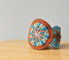 Wool felt bracelets at Loft Full of Goodies. Great colors...audra