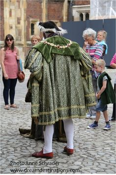 Even today King Henry VIII draws a crowd  Hampton Court Palace England
