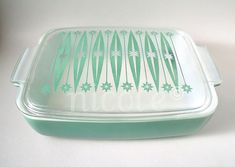Pyrex Heinz promotional casserole with lid