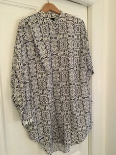 Lej denne kjole/skjorte fra Rebecca Posselt for kun 35 kr. om dagen på RentAtrend.  #RebeccaPosselt #dress #shirt #secondhand