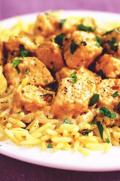 Try this healthier, low in saturated fat chicken korma recipe. Made with tasty Meat Free Chicken Pieces. Click to find more low calorie meal ideas from Quorn.
